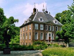 Kasteellandgoed Rijnhuizen in de verkoop