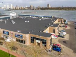 M7 Real Estate verhuurt 2.400m² op Maaszicht