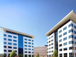 Valad ontving 5,6 miljoen voor Crown Buildings