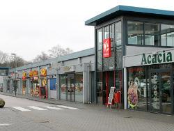 Cairn verkoopt twee winkelcentra aan Multi Corporation