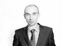 Van Dam statutair directeur Synchroon