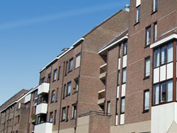 Bouwinvest verkoopt woningen en winkels Roermond