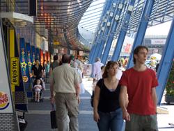Zeven nieuwe winkels in Alexandrium Shopping Center