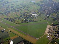'Toekomst Groningen Airport Eelde somber'