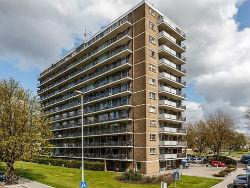 Woonhave koopt 832 woningen Van der Vorm