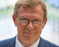 René Hogenboom in bestuur ROZ