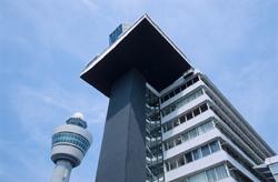 'Onderzoek naar vastgoedfraude op Schiphol'