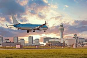 'Schiphol moet anders, dat dringt niet door'
