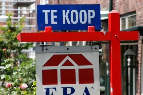 Woningverkopen nemen met bijna kwart af