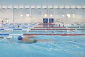 Rotterdam opent tot zwembad getransformeerd kantoor