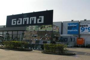 UniforeDMC koopt twee bouwmarkten